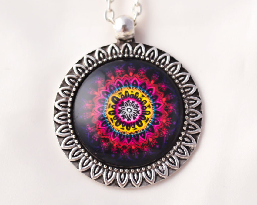 LIVE WITH PASSION mandala neklace II